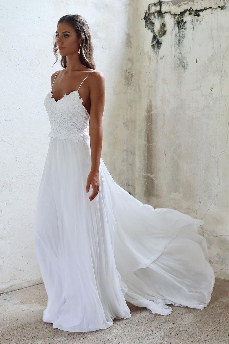 11b9437bbd05d595306429de19e83676--summer-wedding-dresses-strap-wedding-dresses